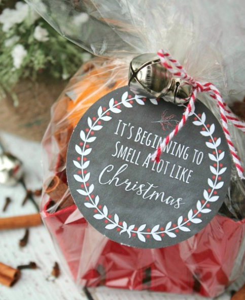 5 Best, Easy, and Inexpensive No-Sew Homemade Christmas Gifts